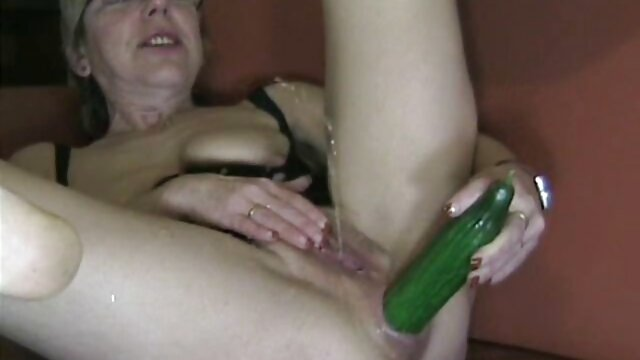 Mama red tube filmy porno za darmo