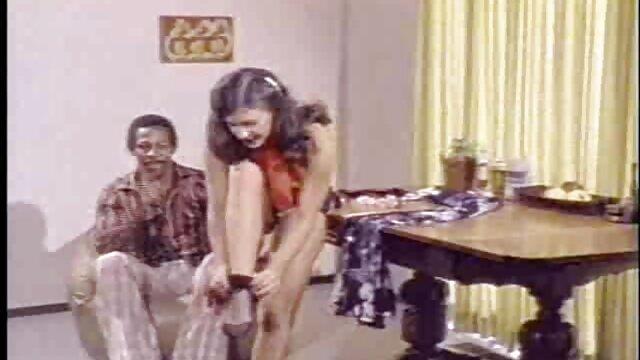 Pierwsza retube darmowe filmy osoba, która musi zostać zmiażdżona, a potem młoda dziewczyna